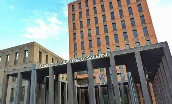 Tribunale di Salerno: la banca rimborsa gli interessi pagati dal consumatore